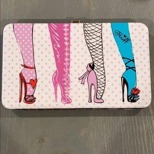 Fluff Heels brand new Large frame wallet!
